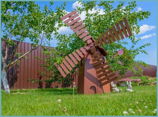 Декоративная ветряная и водяная мельница для украшения сада. Как сделать своими руками