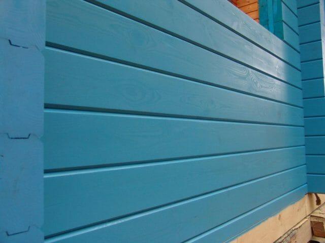 Краска для фасада деревянного дома: какую выбрать