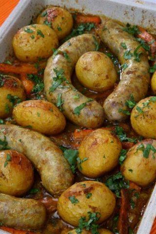 Домашние колбаски из курицы и грибов
